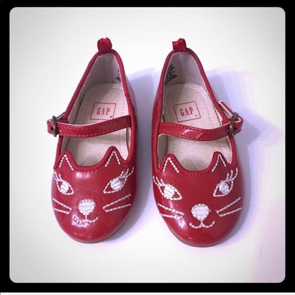 9cbf6dca8856 GAP Shoes   Nwot Toddler Girls Size 6 Red Cat Flats   Poshmark